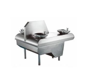 钢琴形直饮水台